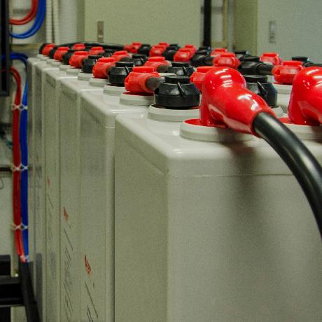蓄電池工事
